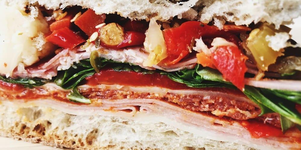 Sandwich con bacon, una delicia de Nueva York