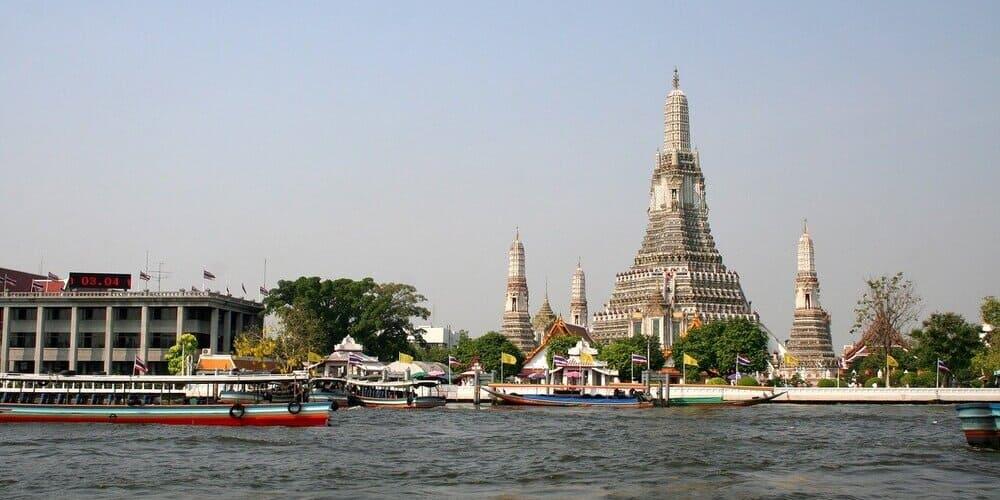Wat Arun o el Templo del Amanecer en Bangkok
