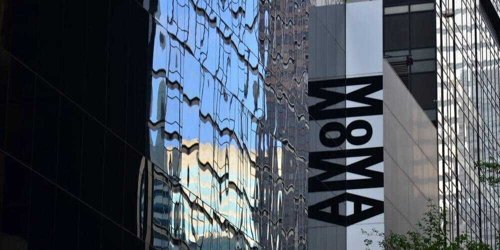 MoMA rodeado por las bochornosas temperaturas de Nueva York en agosto.