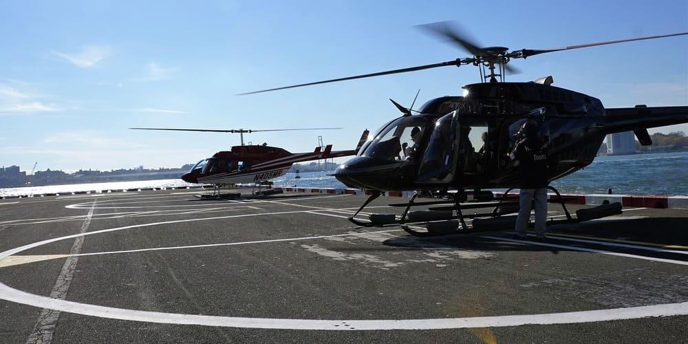 Helicópteros a punto de despegar gracias al buen clima en Nueva York en septiembre.