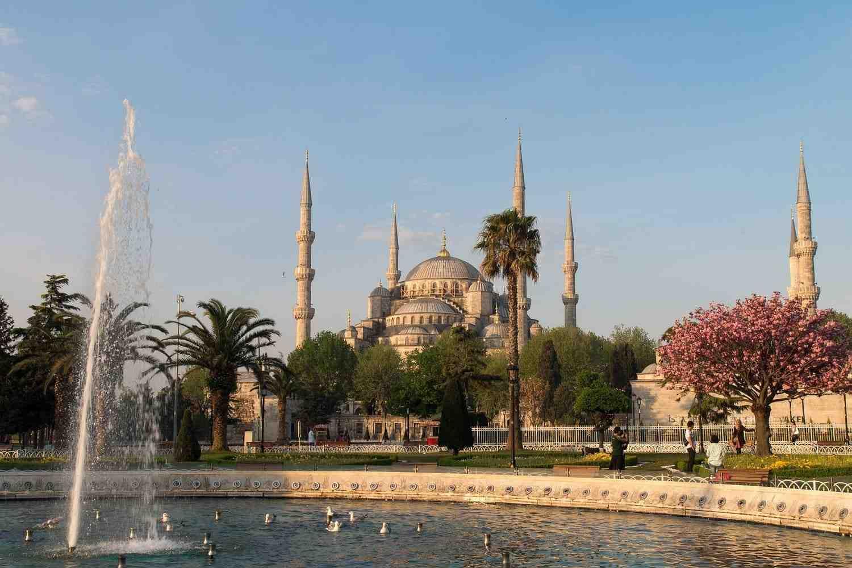 Tiempo, clima y temperatura en Estambul en junio