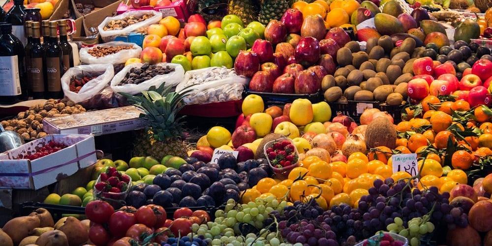 Frutos secos y frutas que puedes comprar por el zoco marroquí