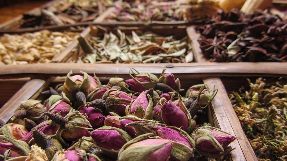 Especias en un mercado de Marrakech