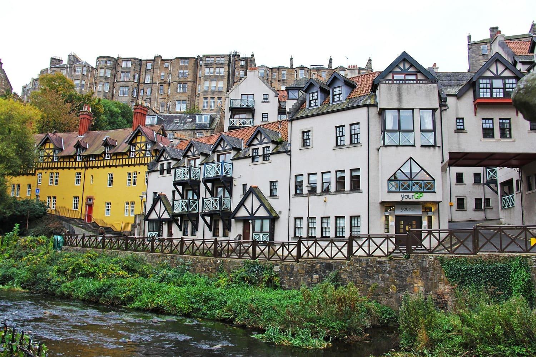 Casas típicas de Dean Village en Edimburgo