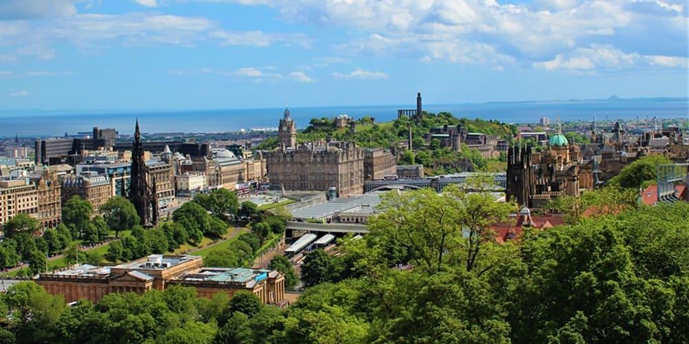 Vistas panoramicas de la ciudad de Edimburgo