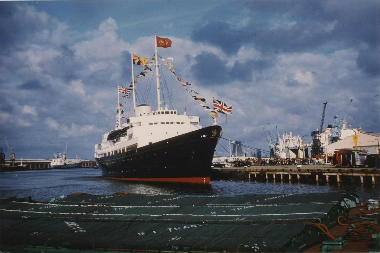 Royal Yatch Britannia en funcionamiento