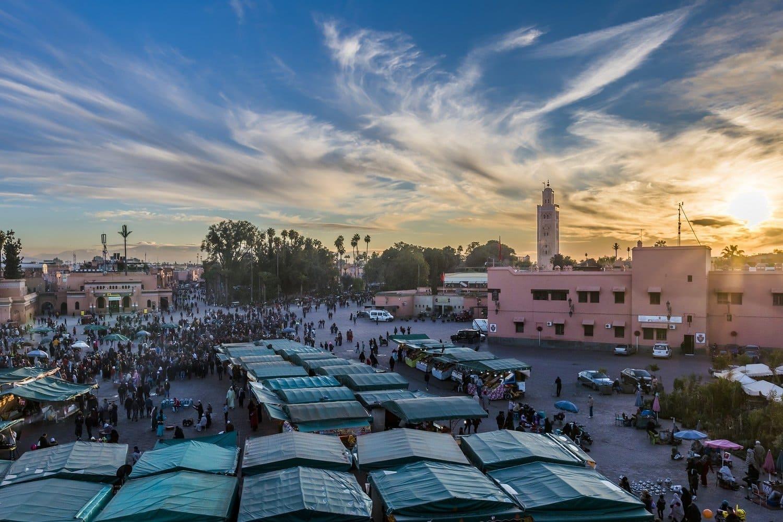 Mercado en la plaza principal de la ciudad