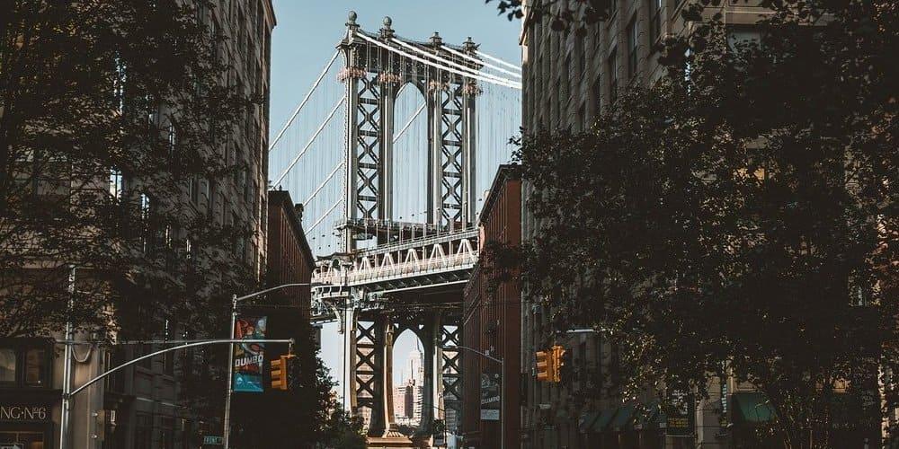 DUMBO pasado el puente de Brooklyn