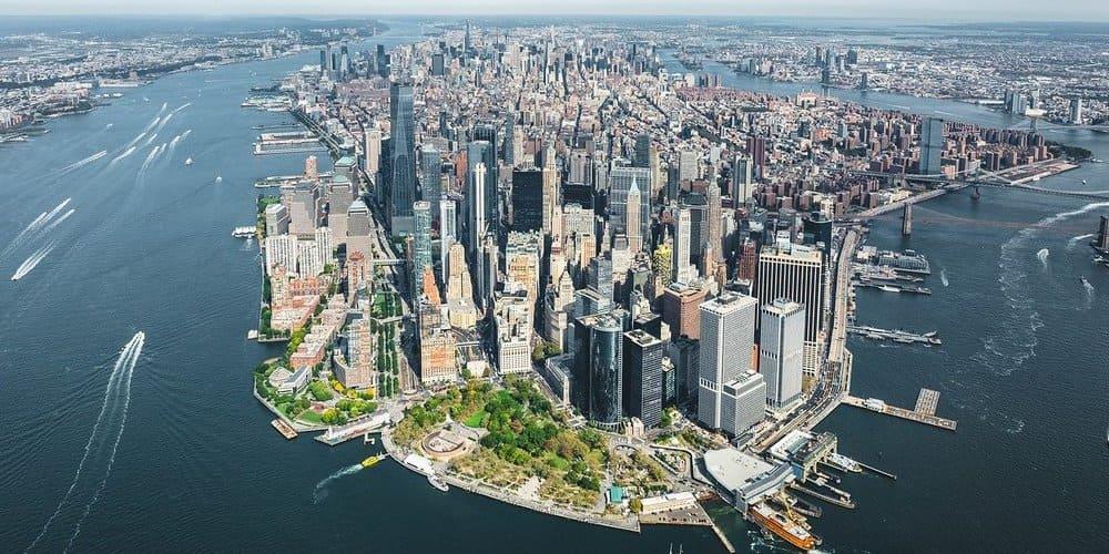 Vista panorámica durante el vuelo en helicóptero por Nueva York en 4 días