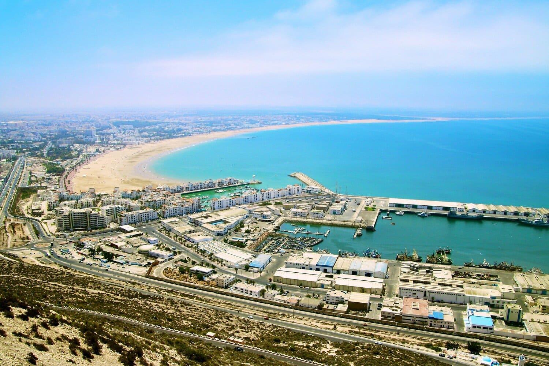 El tiempo en Marrakech en julio es propicio para visitar Agadir y sus playas