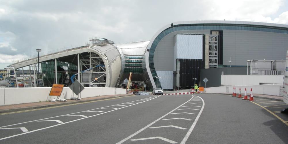 Descubre cómo llegar al centro de Dublín desde el aeropuerto y viceversa
