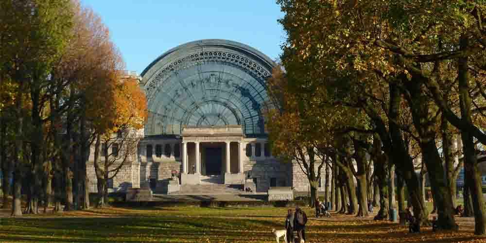 El Real Museo de las Fuerzas Armadas en el Parque del Cincuentenario.