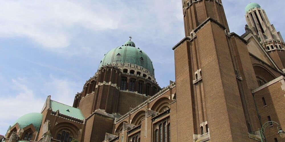 Historia y Estilo de la Basílica del Sagrado Corazón de Bruselas