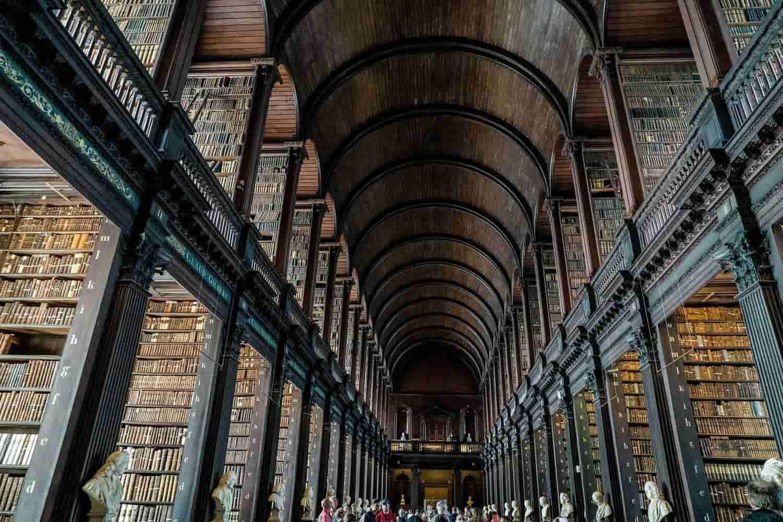 La biblioteca de Dublín más mágica en Trinity College