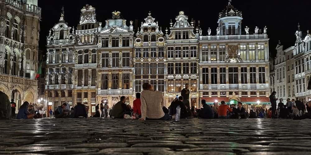 horario del espectáculo luces Grand Place de Bruselas