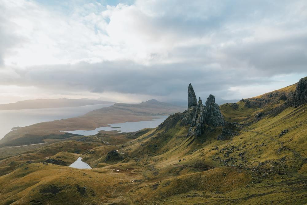 Uno de los lugares más visitados de la isla, el Old Man of Storr