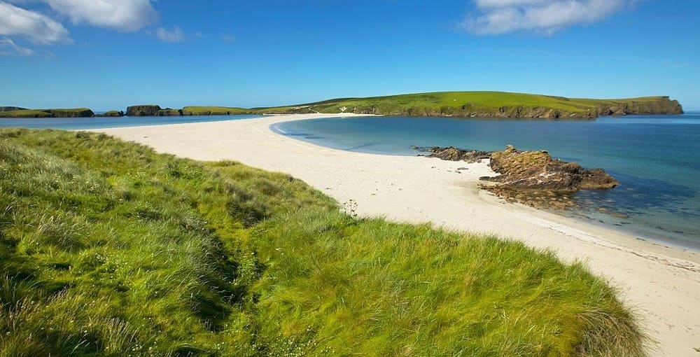Isla de St Ninian en donde se ubica una de las playas de Edimburgo y alrededores más bonitas