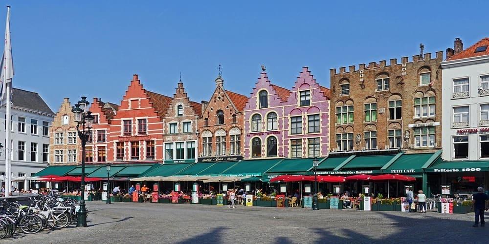 Principal plaza de la ciudad de Brujas