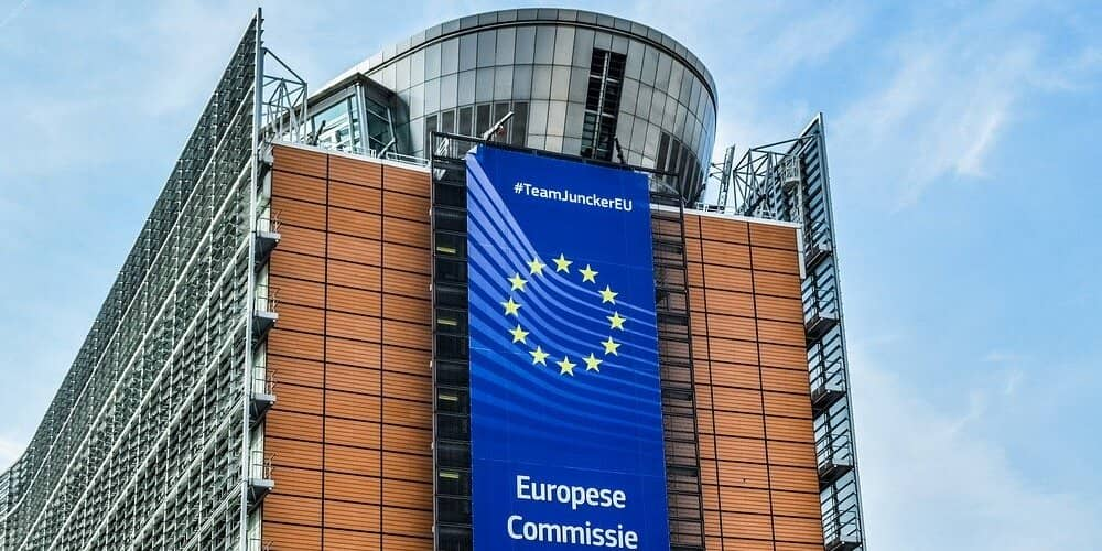 En el Barrio Europeo de Bruselas se encuentra el Parlamento Europeo