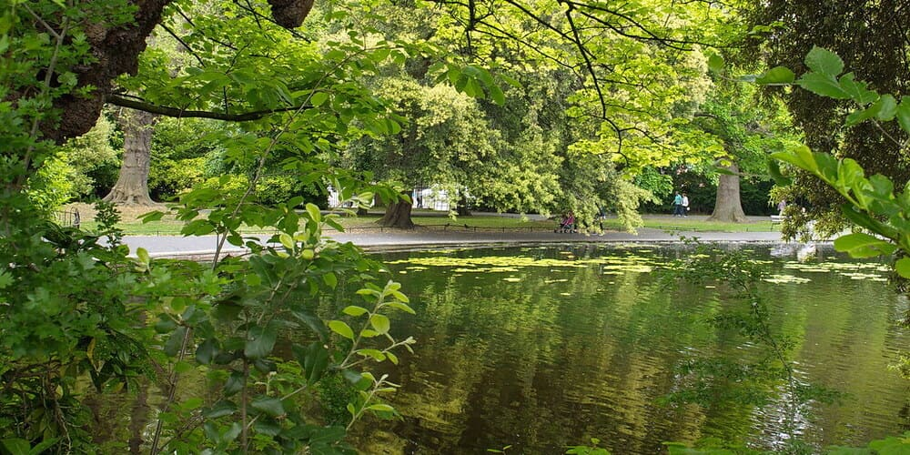 Parque de Saint Stephen's Green en la capital irlandesa