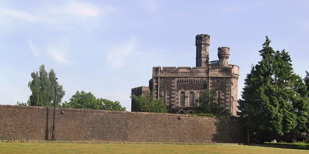 Conoce  la cárcel de Old Town Jail en Escocia