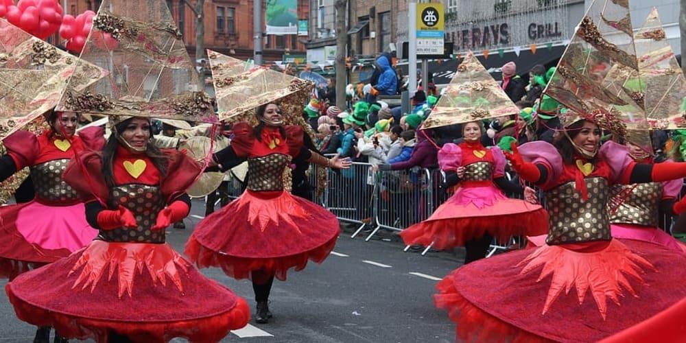 Desfile del St Patricks Day en Dublín