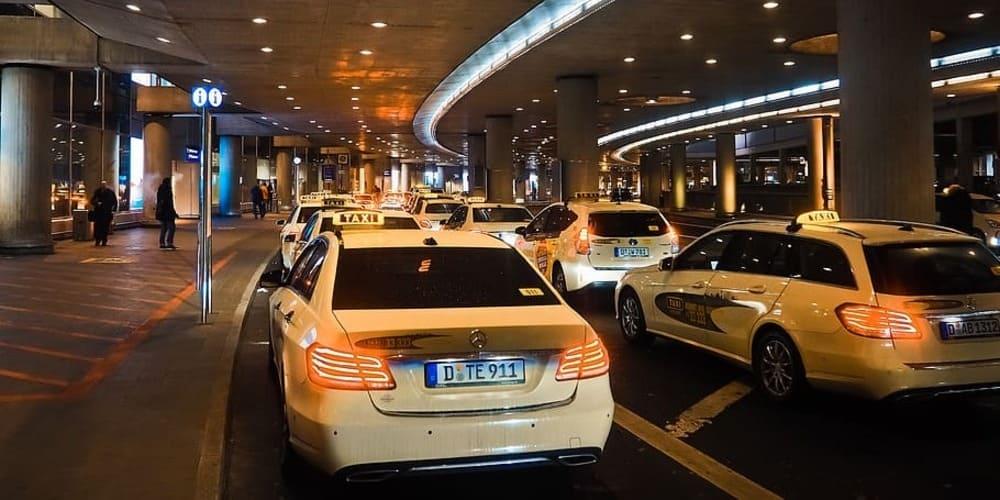 Traslados en taxi entre el aeropuerto y Dublín