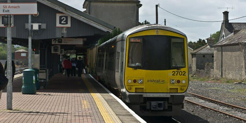 Horario del tren entre la capital de irlanda y la ciudad de Galway