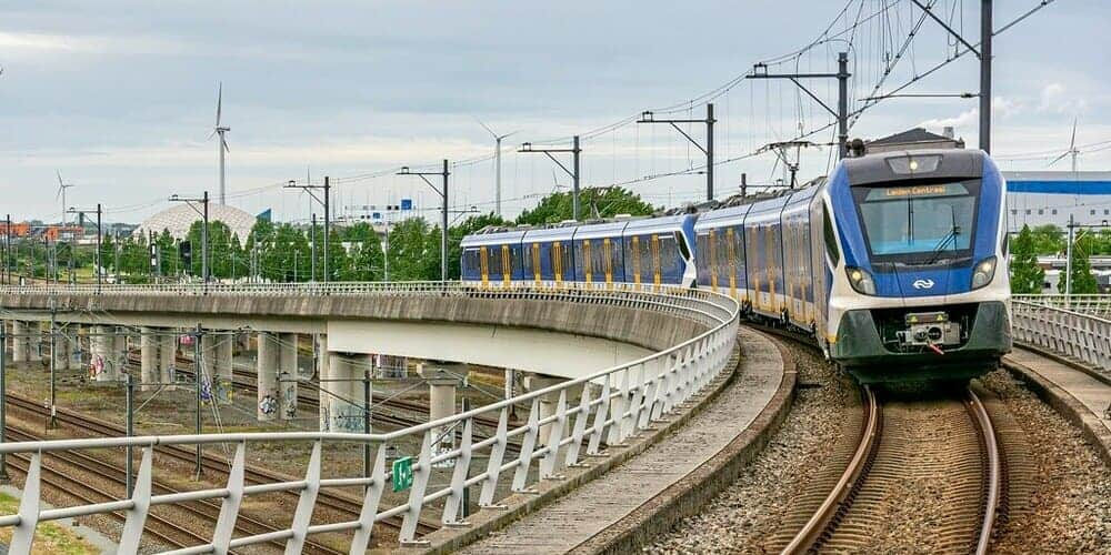 Información sobre cómo ir del aeropuerto de Ámsterdam a Sloterdijk Station