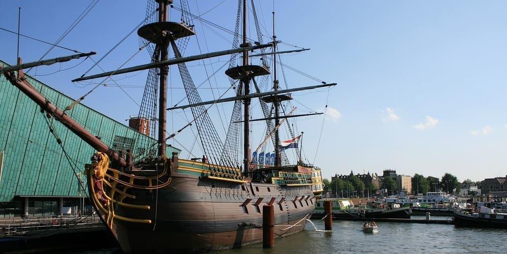 La capital de Países Bajos en época veraniega - tiempo y actividades