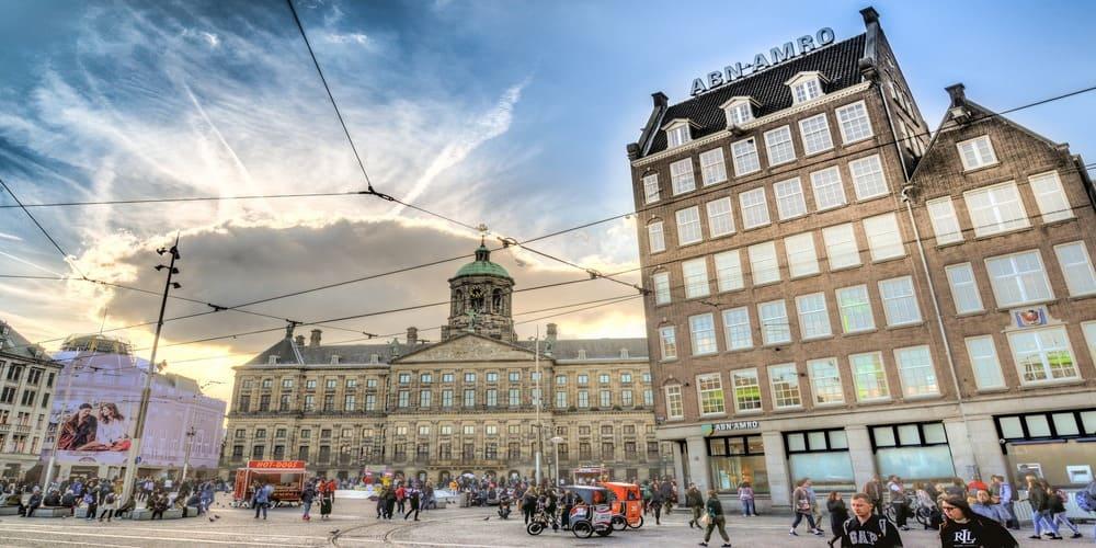 Palacio Real en la Plaza Dam de Amsterdam
