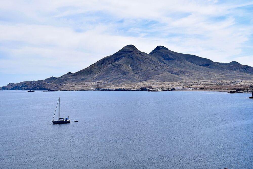 vistas del Cerro de los Frailes desde Cabo de Gata