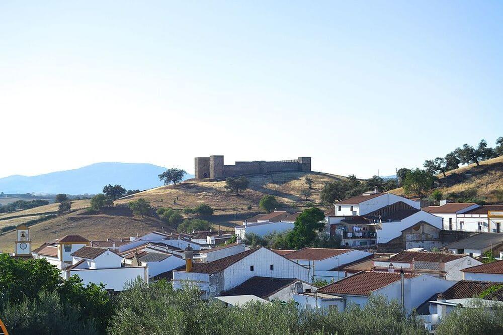 Real de la Jara, pequeño pueblo de sevilla