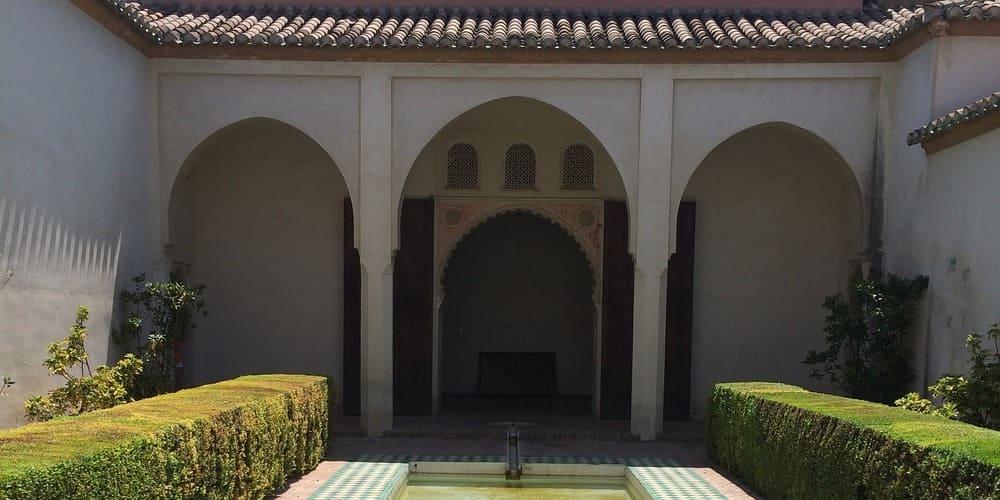 La Alcazaba, uno de los monumentos de Málaga más famosos