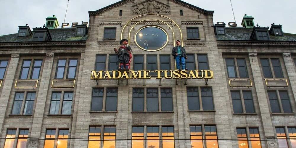 De todos los museos que ver en Ámsterdam en 4 días, el Madame Tussaud es de los más importantes