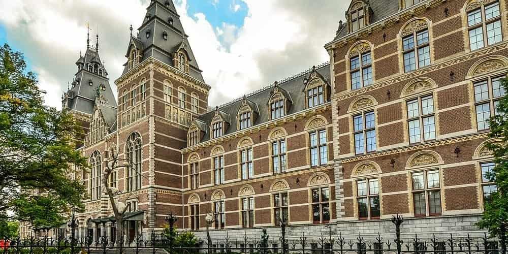 El Rijksmuseum es el museo más grande que ver en Ámsterdam en 4 días