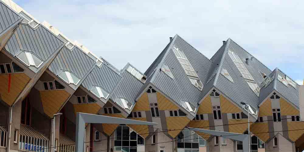"Las famosas ""casas cubo"" de Piet Blom en Rotterdam."