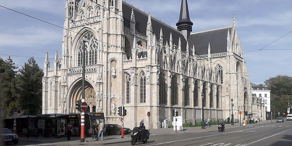 Notre Dame du Sablon en el casco histórico de la capital de Bélgica