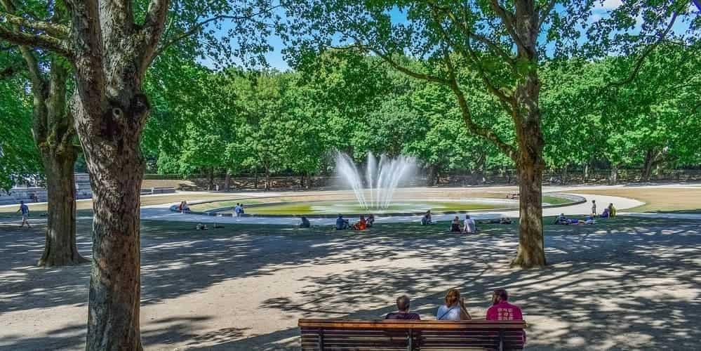 Parque de Bruselas, uno de los imprescindibles del centro histórico