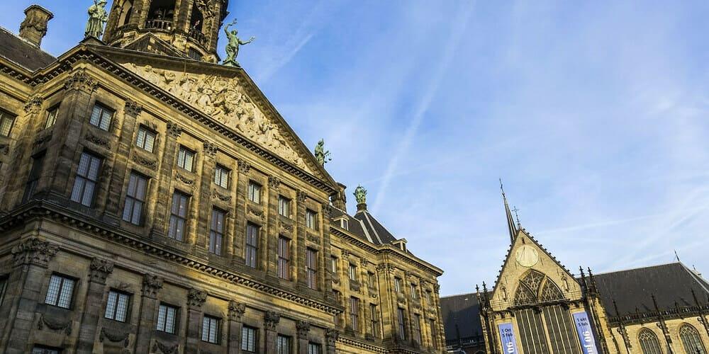 Qué ver en la capital holandesa - la Plaza Dam
