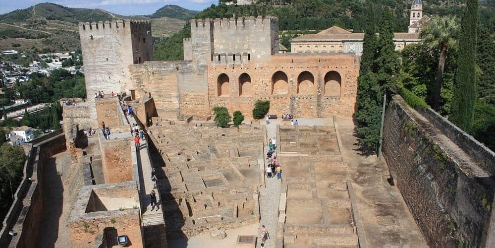 Mejores excursiones desde Málaga a la Alhambra de Granada