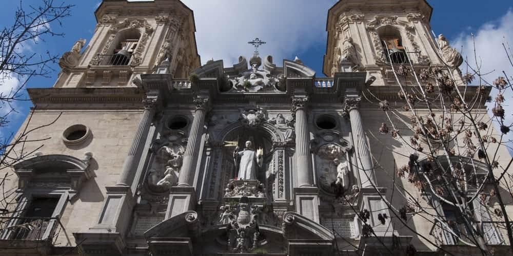 La Basílica de San Juan de Dios, uno de los monumentos de Granada imprescindibles