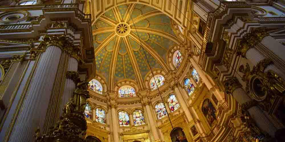 Cúpula interior de la Catedral de Granada