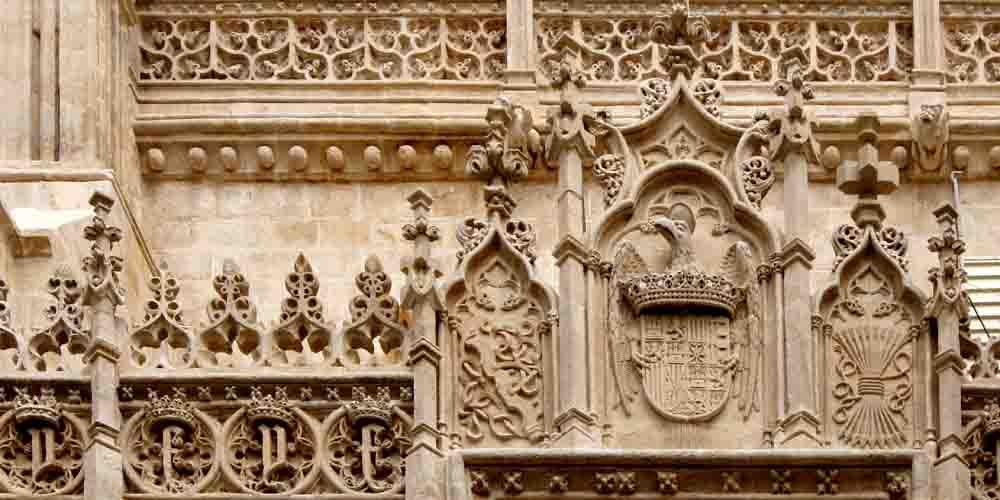 Fachada de la Capilla Real de Granada.
