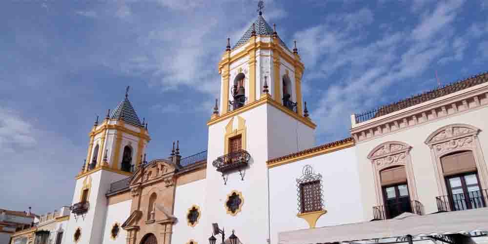 La Iglesia del Socorro en la Plaza del Socorro.