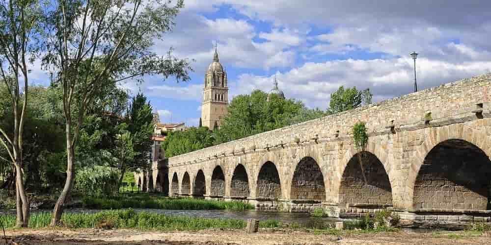 El Puente Mayor es una de las estructuras romanas que ver en Salamanca