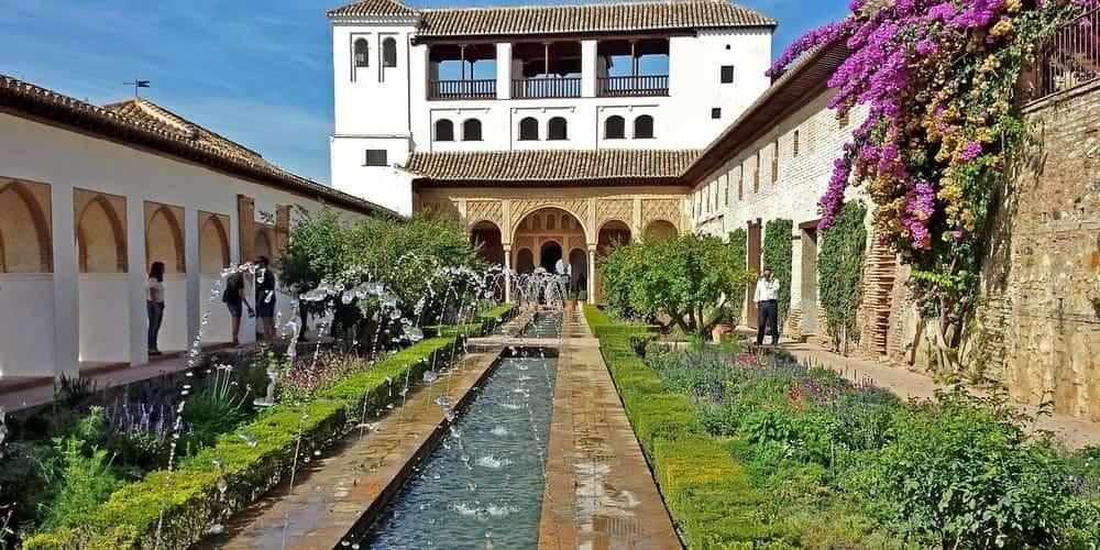 Lugares que visitar en Granada - La Alhambra