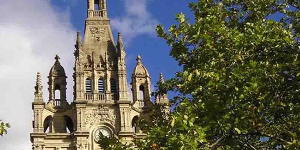 Torre de la Basílica de Begoña en Bilbao.