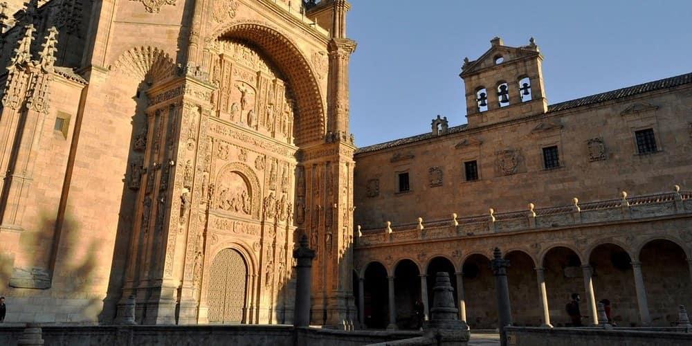 Conoce como visitar el Convento de San Esteban de Salamanca