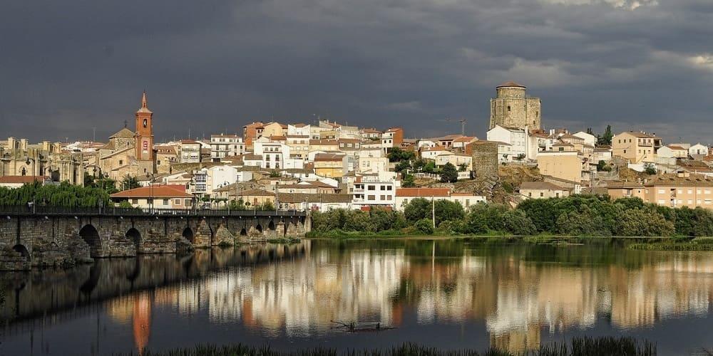 Escápate a Alba de Tormes, uno de los pueblos más bonitos de Salamanca